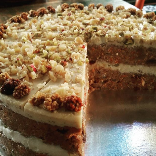 RAWBOYS RAW CARROT CAKE SLICE